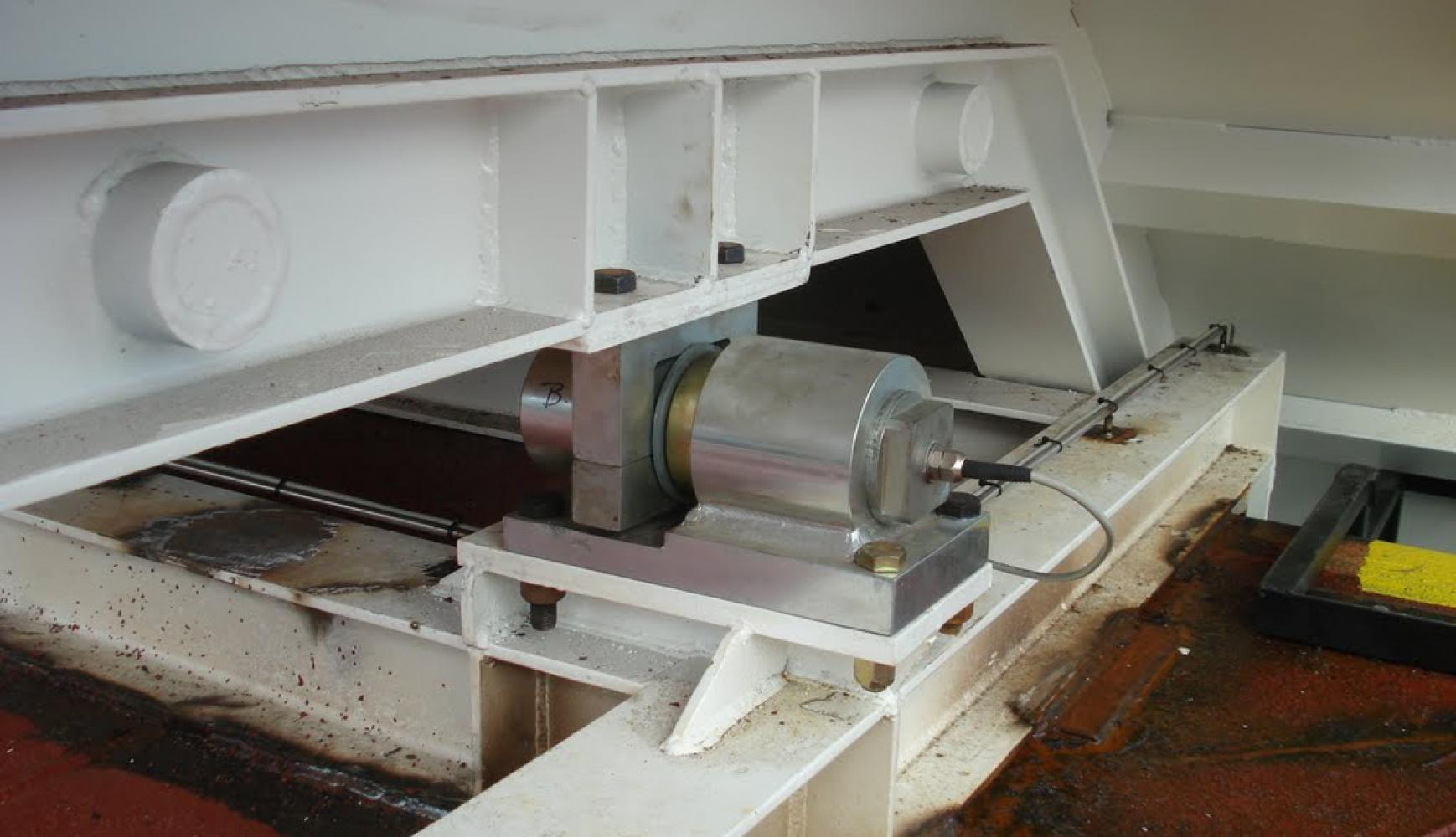 Shear Beam Load Cell - Bulk Tank